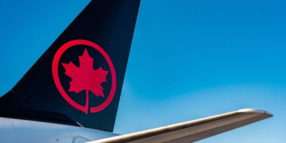 A220-300 Air Canada [C-GROV]