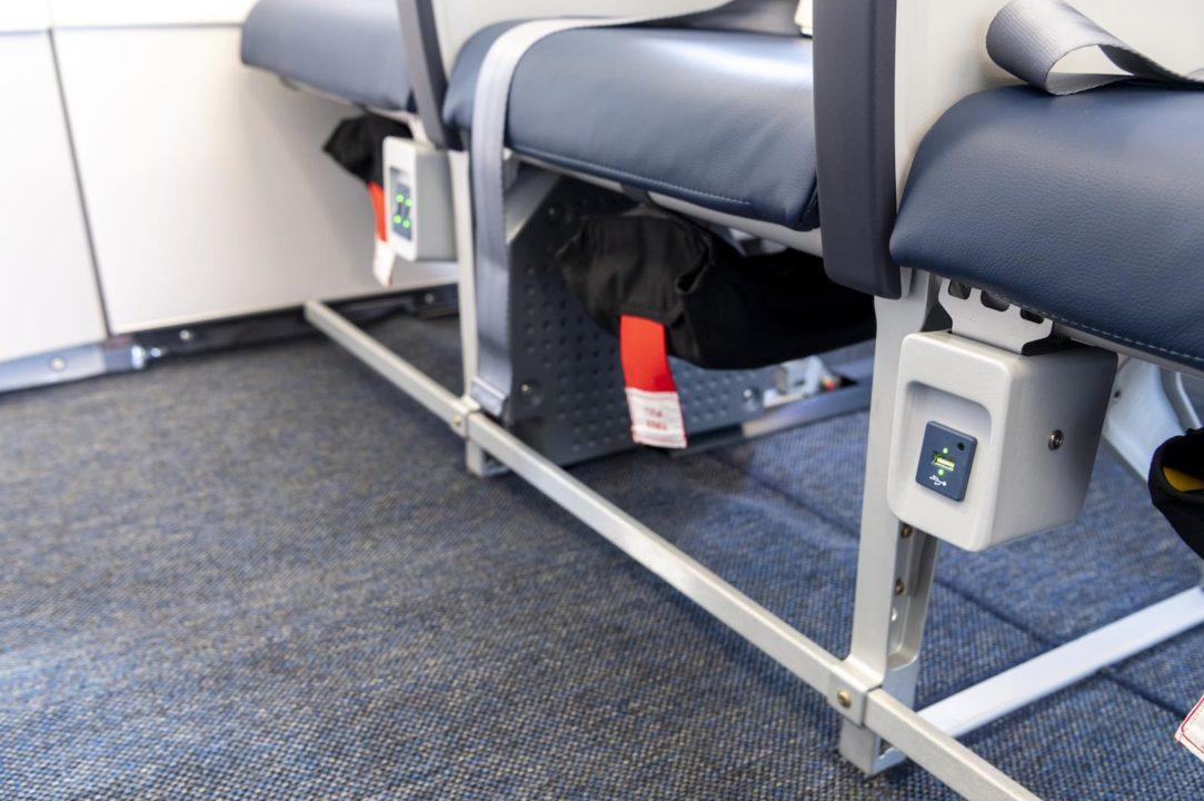 Prises USB dans l'A320neo Air Corsica