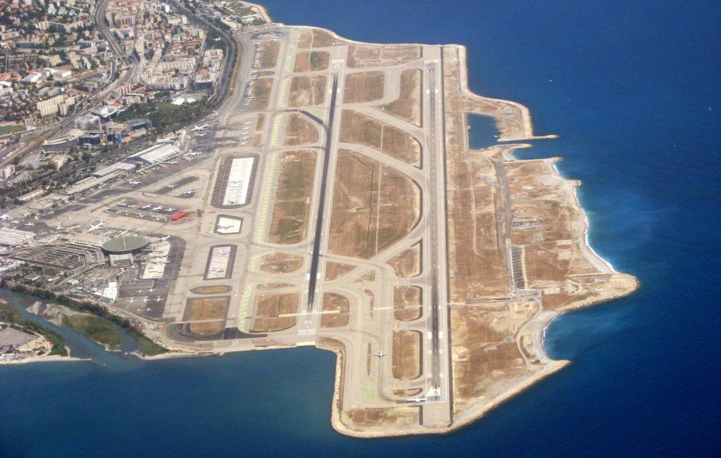 Pistes de l'aéroport Nice Côte d'Azur
