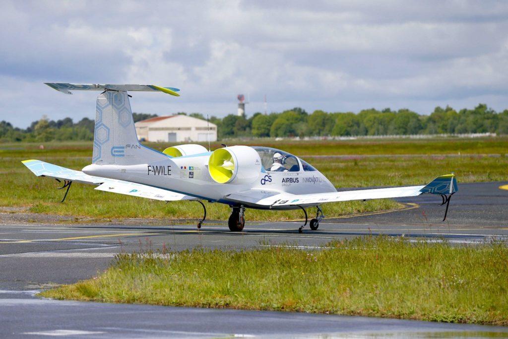 1er vol de l'E-FAN 1.0