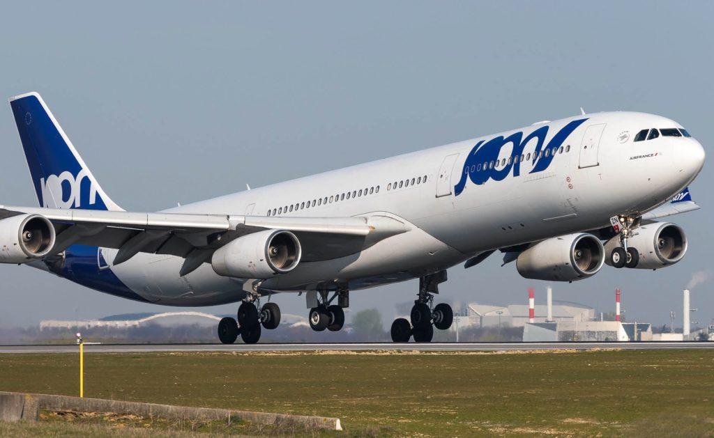 F-GLZN A340-300 JOON