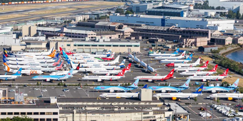 Boeing 737 MAX immobilisé sur un parking à Boeing fiel (Seattle)