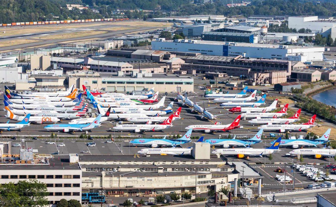 Boeing 737 MAX immobilisé sur un parking à Boeing fiel (Seattle)