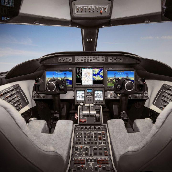Learjet 75 Liberty et Garmin G5000