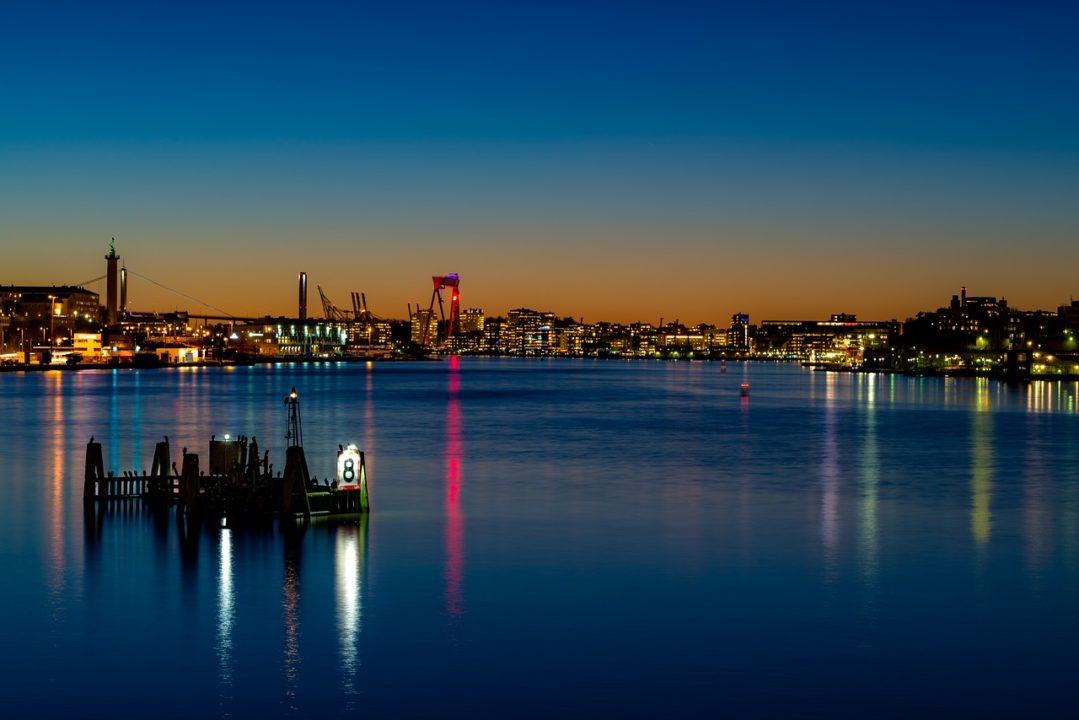 Vue de Göteborg de nuit