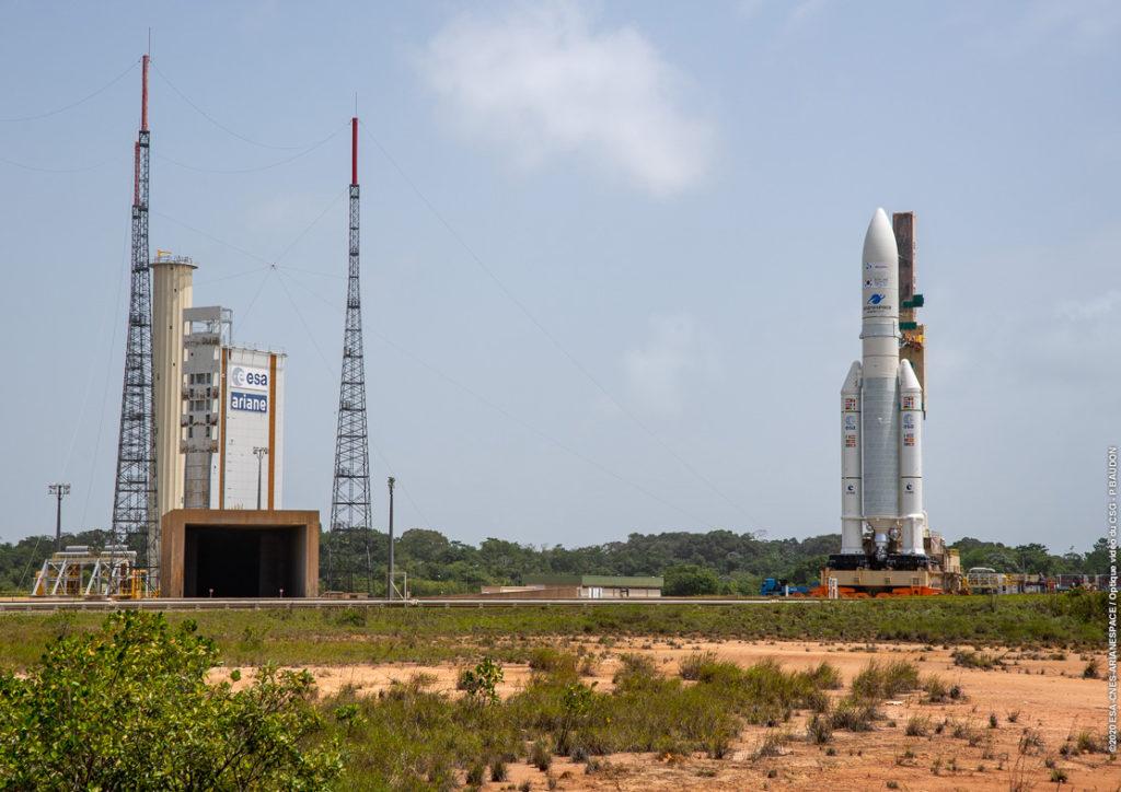 [VA252] Ariane 5 sur son pas de tir à Kourou