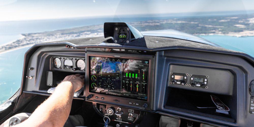 Vue depuis le cockpit de l'Elixir Aircraft