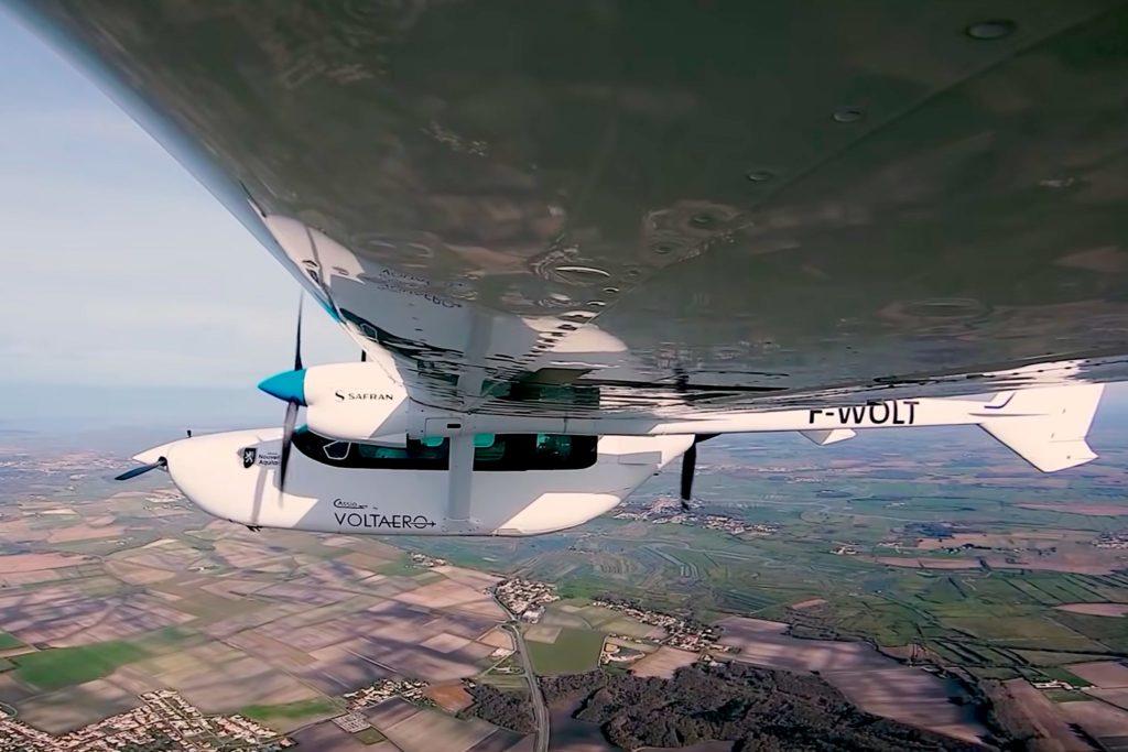 1er vol du démonstrateur Cassio 1Démonstrateur Cassio 1
