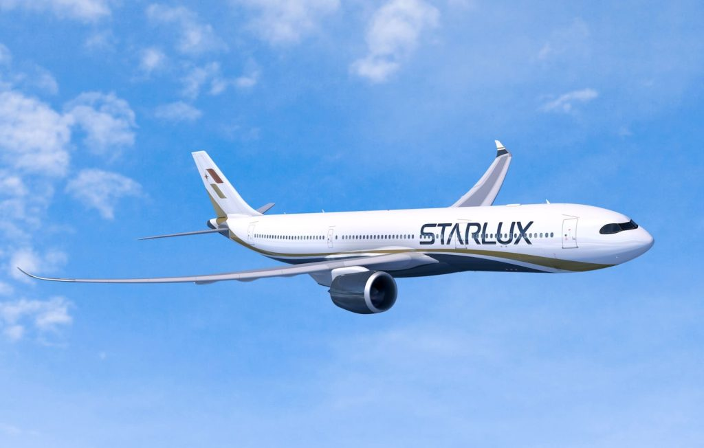 STARLUX Airbus A330neo / AirLease