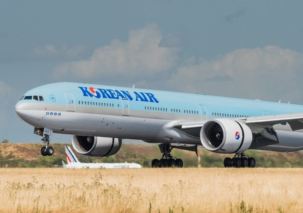 Boeing 777-3B5(ER) Korean Air HL8217