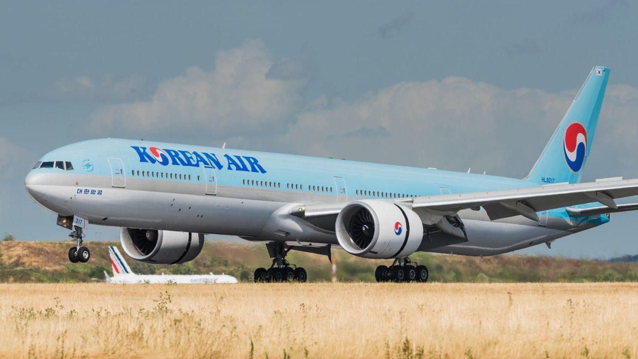 Boeing 777-3B5(ER) Korean Air HL8217