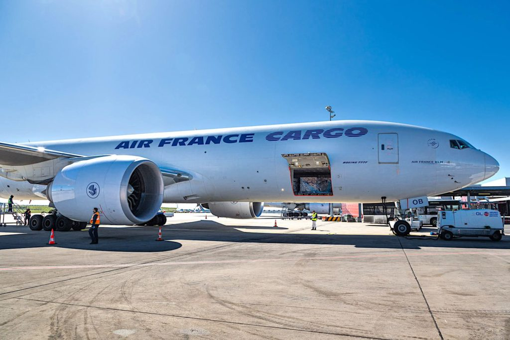 Boeing 777 Cargo Air France à Paris CDG