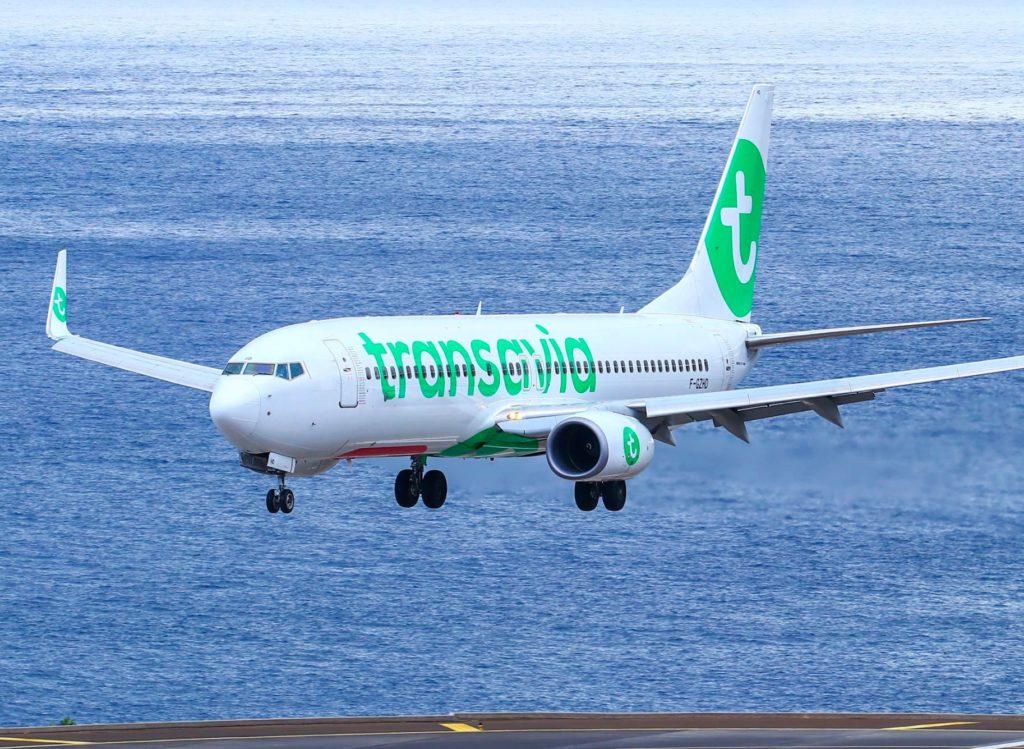 Boeing 737 Transavia en courte finale à Funchal (Madère)