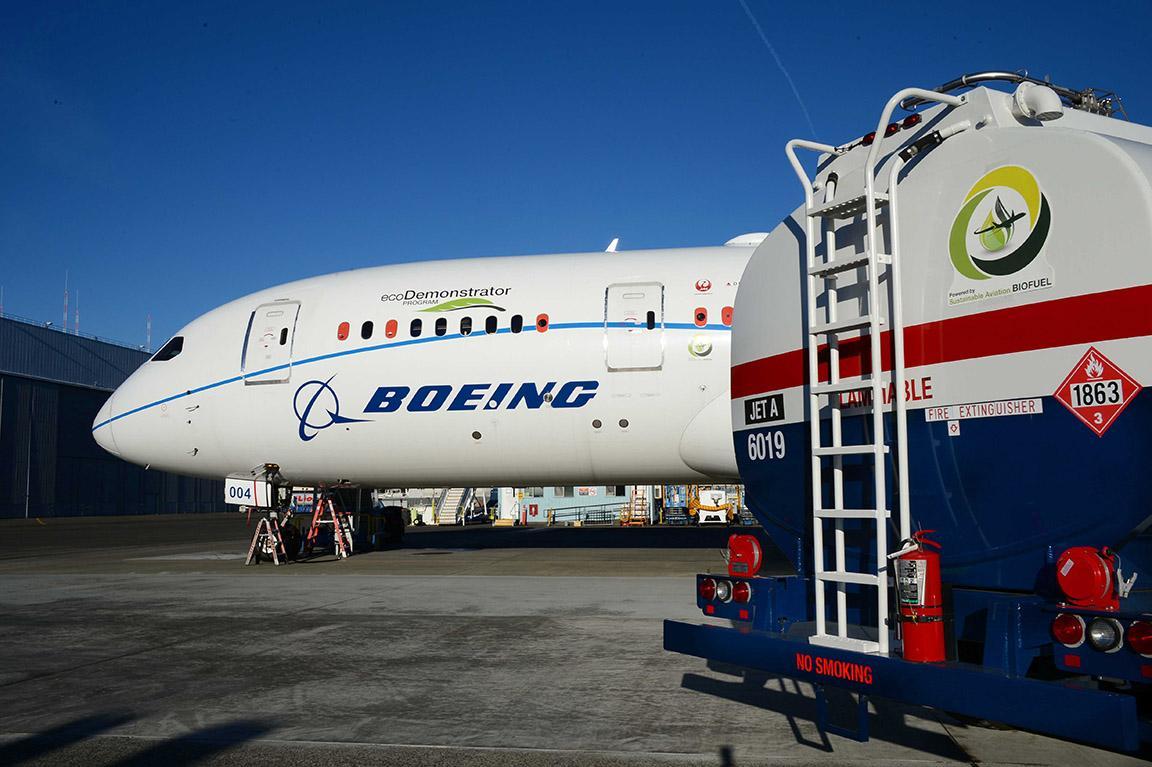 Boeing 787 Ecodemonstrator utilisant du Carburant durable