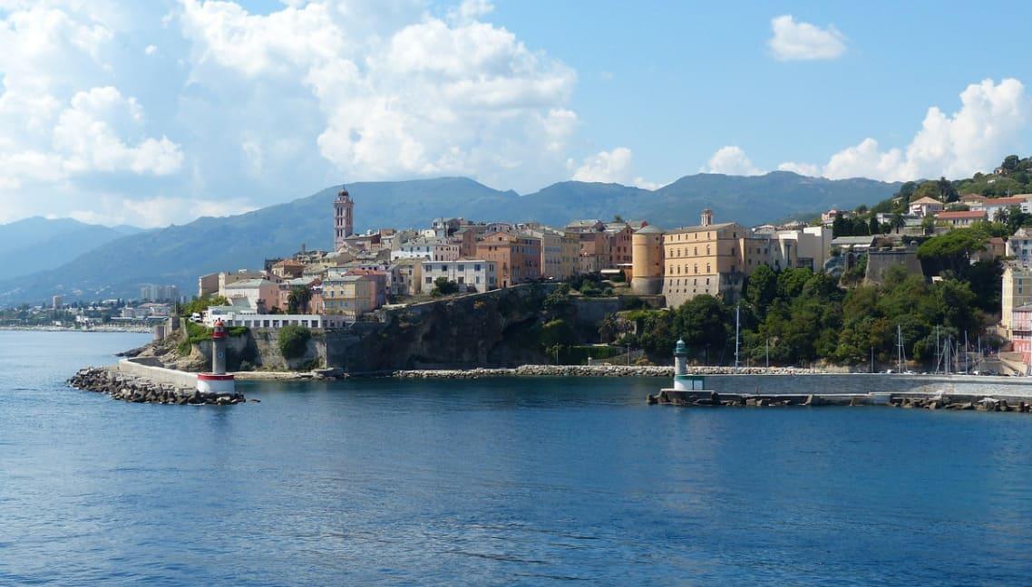 Vue de Bastia depuis la mer