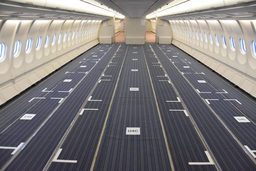 Conversion cargo d'un A330 Air Canada à Montréal