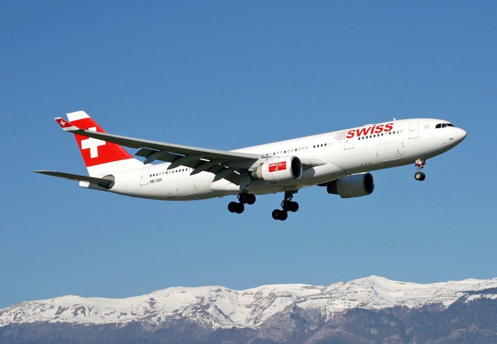 Airbus A330-223 SWISS [HB-IQH] à Genève