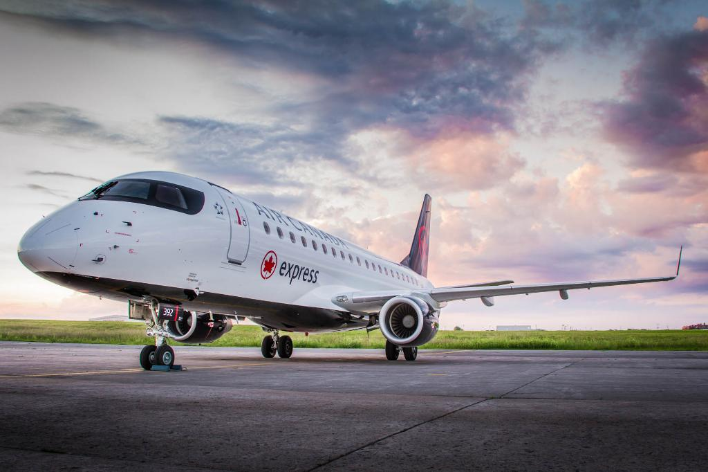 Embraer E175 Air Canada Express