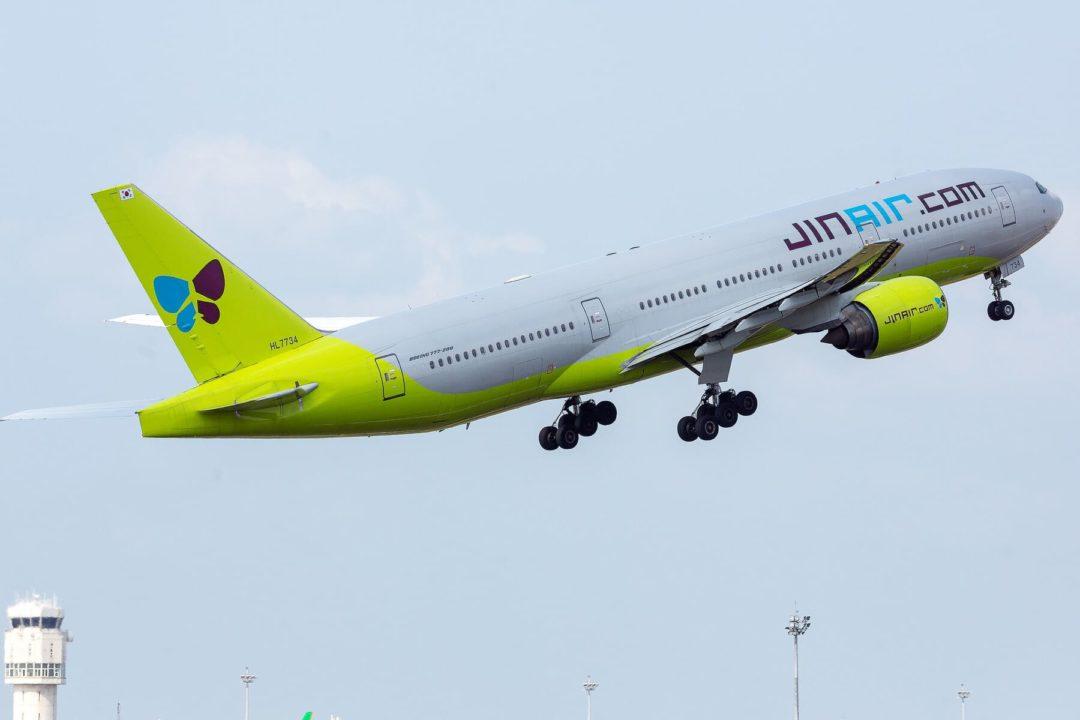 Boeing 777-300 Jin Air