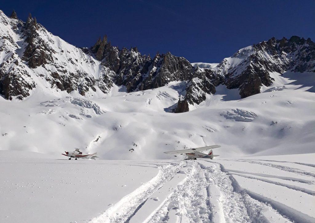 Posé sur le massif du Mont-Blanc