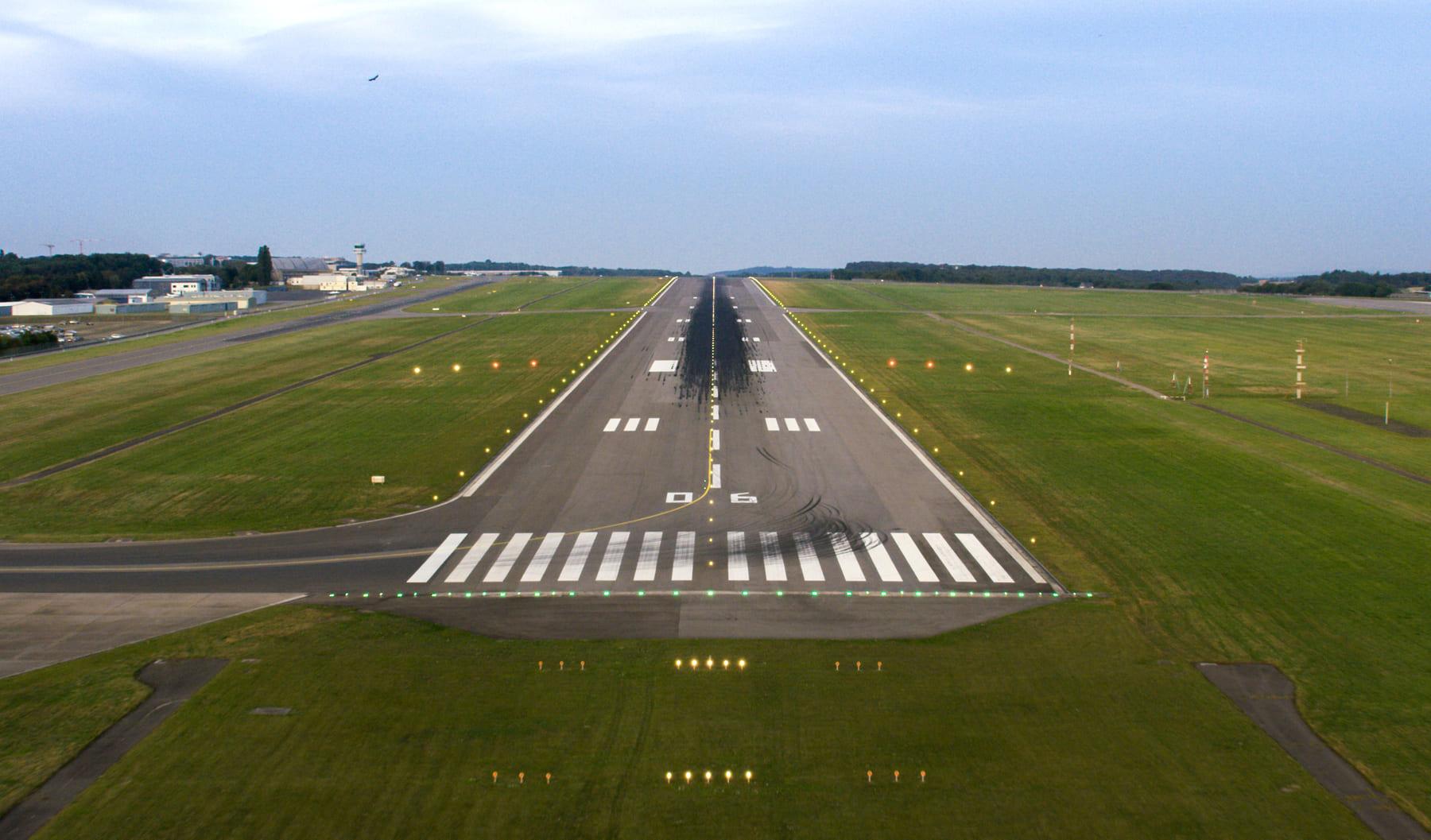 Piste aéroport du Luxembourg