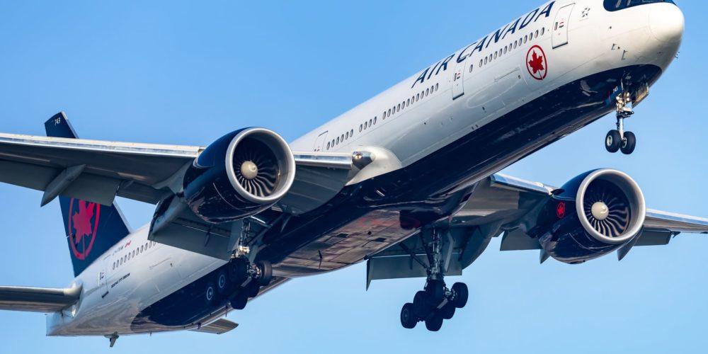 Air Canada B777-300ER C-FIVW