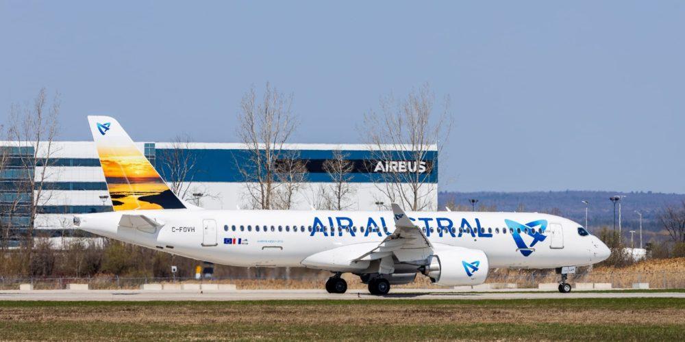 A220-300 Air Austral / F-OLAV / MSN 55106