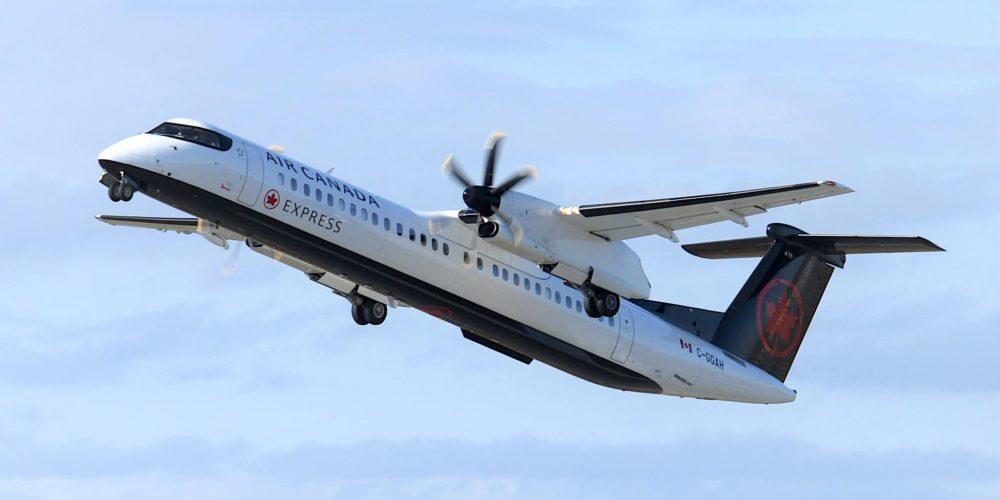 Air Canada Jazz - De Havilland Canada Dash 8-400 (C-GGAH)