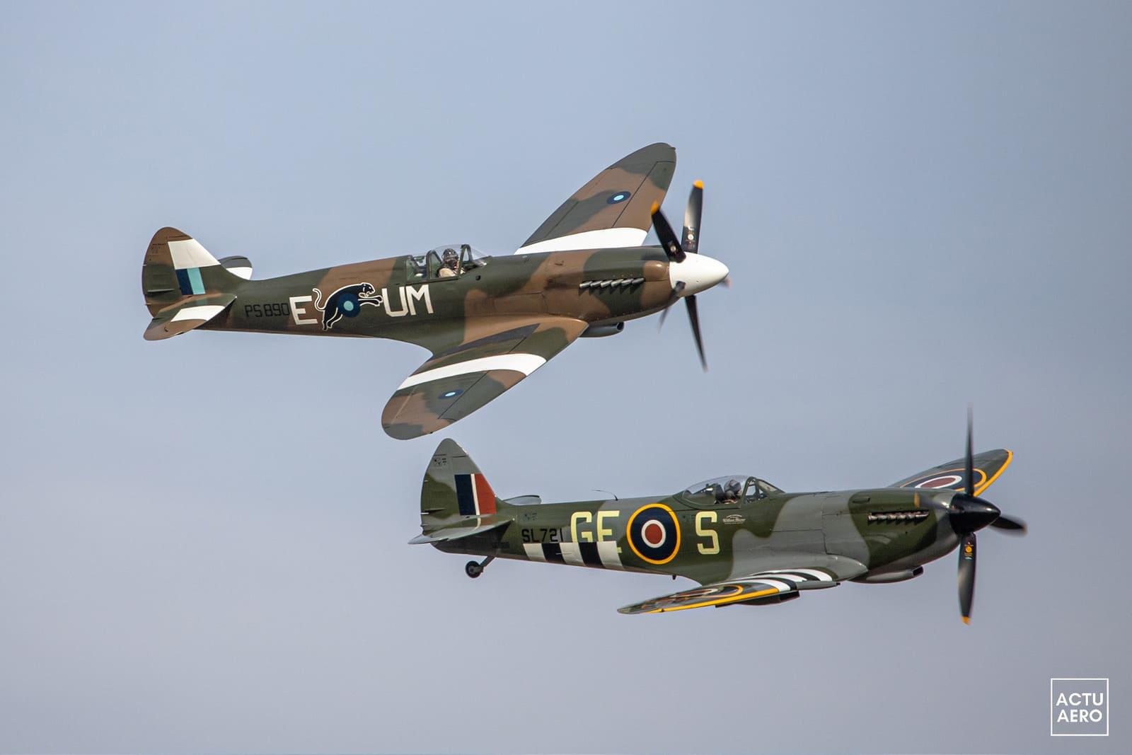 Deux Spitfire